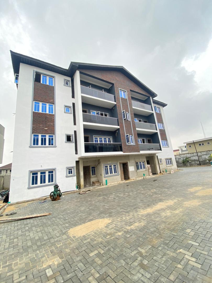 3 BEDROOM APARTMENT WITH SWIMMING POOL & GYM FOR SALE