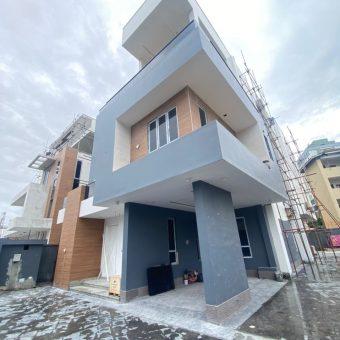 5 BEDROOM FULLY DETACHED SMART HOUSE FOR SALE